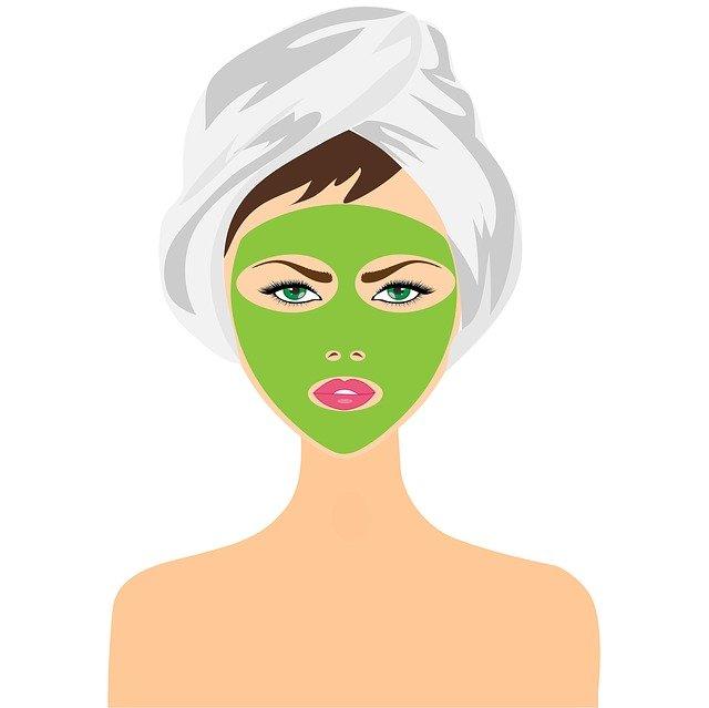 jílová maska na obličeji