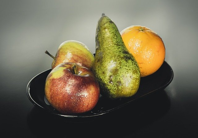 ovoce na míse