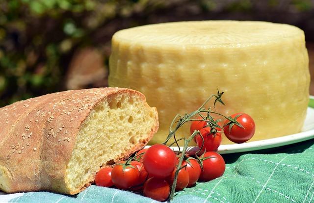 sýr a bochník